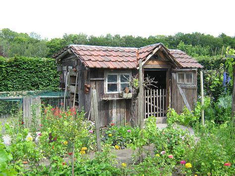 Gartenhaus Neu Verkleiden by сарай вікіпедія