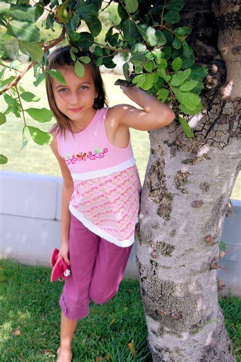 Early Sandra Orlow Teen Model - Image to u