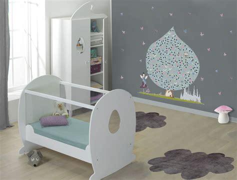 couleur peinture chambre bb chambre de bb nursery peinture chambre fille bebe re idee peinture