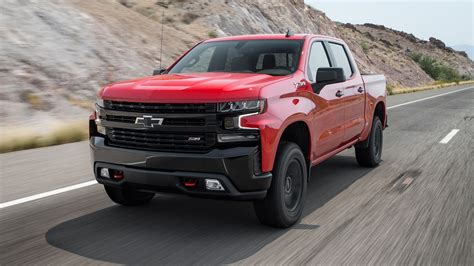 2019 Chevrolet Silverado First Test