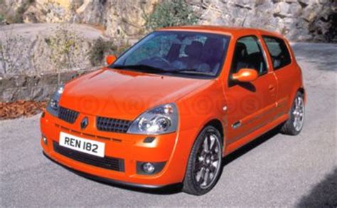Images For > Renault Clio 182