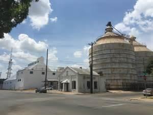 Magnolia Waco Texas Silos