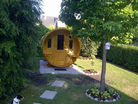 Mit Einer Fass Sauna Wird Ihr Garten Zu Einer Wellnessoase