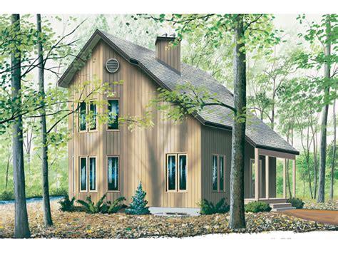 topsider salt box style home plan   house plans