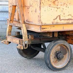 Attelage Occasion : chariot transport remorques industrielles 1 axe de rotation seul direction avec attelage ~ Gottalentnigeria.com Avis de Voitures