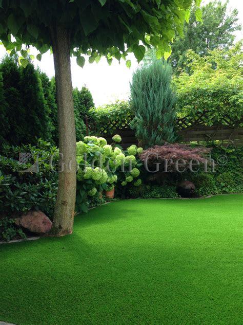 gräser für den garten kunstrasen f 252 r den garten sagen sie adieu zu problemrasen