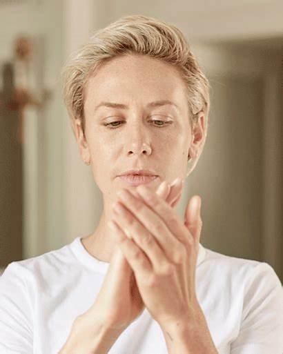 Massage Skin Face Way Kristina Routine Esteelauder