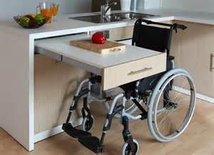 tiroir cuisine table cuisine avec tiroir