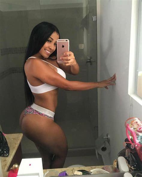 Photo 6x8 Sexy Latina Woman Big Ass Beautiful Amateur