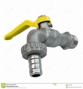robinet d39eau exterieur photo stock image 44283683 With robinet d eau exterieur