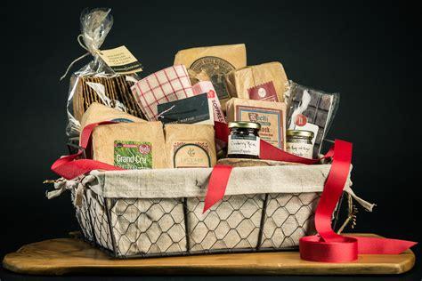 Wisconsin Feast Gift Basket