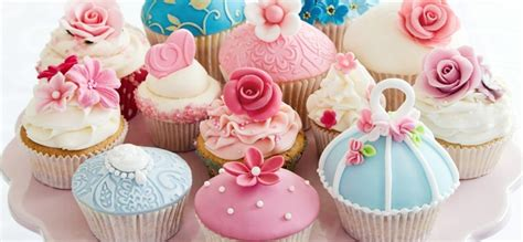 Cake Decorating  Crave Bits. Rooms For Rent In Suwanee Ga. Las Vegas Room Deals. Windmill Yard Decoration. Decorative Eave Supports. Patriotic Decor. Cutting Table For Sewing Room. Wooden Christmas Lawn Decorations. Counter Height Dining Room Set