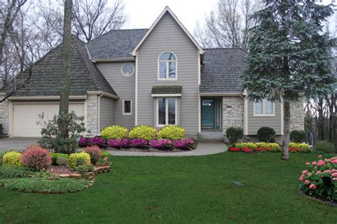 shrubs for front of house pictures shrubs in front of home http lomets com