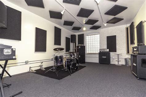 Hourly Rehearsal Studios Chicago