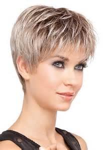 coupe de cheveux courts modele de coupe de cheveux court dégradé