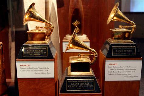 Boston Startup DataRobot Predicts the Grammy Awards' Song ...