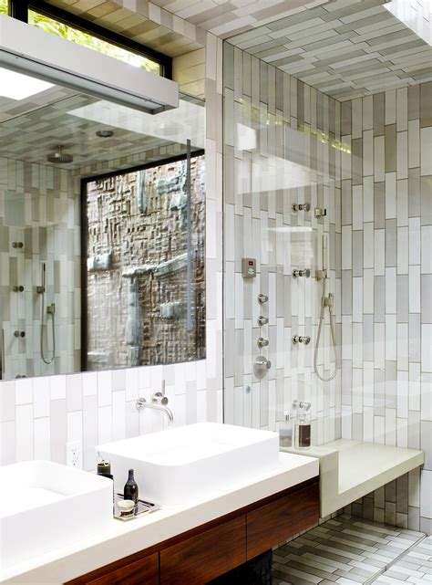 amazing pictures  ideas classic bathroom tile