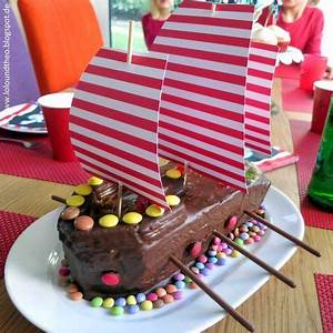 Rezepte Für Geburtstagsfeier : piratenparty kindergeburtstag piratenkuchen lustige kuchen ~ Frokenaadalensverden.com Haus und Dekorationen