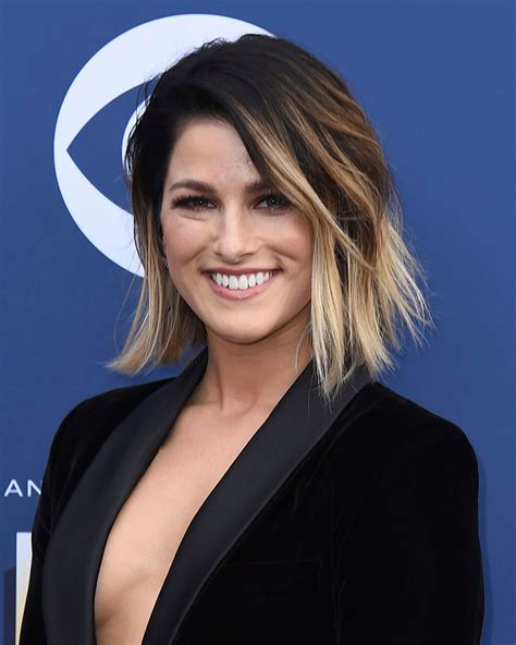 2018 Acm Awards Style Best Hair & Makeup On Acms Red