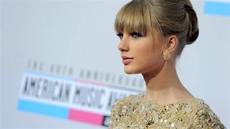 taylor swift fan mail address unopened taylor swift fan mail discovered in a dumpster