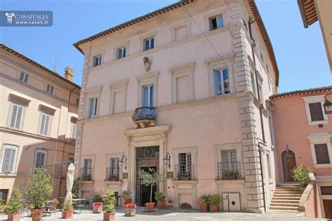 small luxury hotel for sale in umbria
