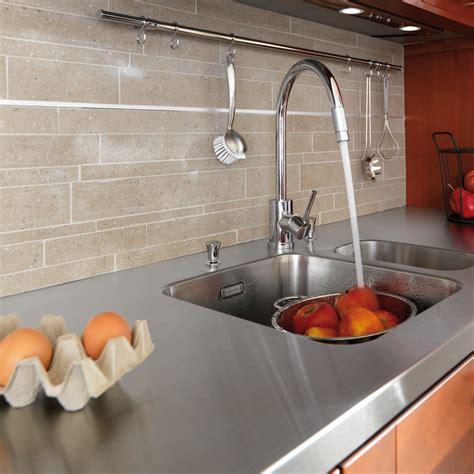 plan de travail cuisine plus plan de travail cuisine plus hauteur standard evier