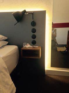 t 234 te de lit contemporaine avec table de chevet int 233 gr 233 e poitoux des chambres et des lits