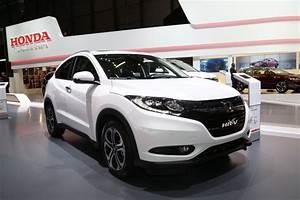 Honda Hybride Occasion : toyota c hr qui sont les rivaux du nouveau crossover hybride honda hr v l 39 argus ~ Maxctalentgroup.com Avis de Voitures