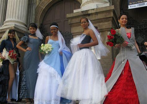 imagens de vestidos feito capulana busca em cortes e holidays oo