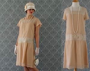 dark beige high tea flapper dress with short ruffled With robe downton abbey