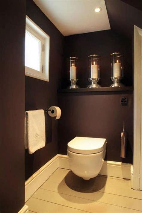 plank ophangen  het toilet interieur inrichting