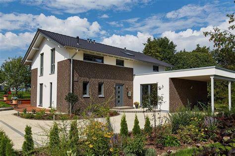 Moderne Energieeffiziente Häuser by Gussek Haus Musterhaus Melanie In Dresden