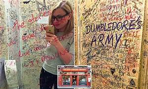 Elephant House Where JK Rowling Frequented Gives Up