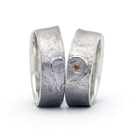 verlobungsringe silber mit stein trauringe silber niedersachsen eheringe freundschaftsringe ringe 925 platiniert partnerringe
