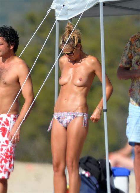 Naked Heidi Klum In Beach Babes