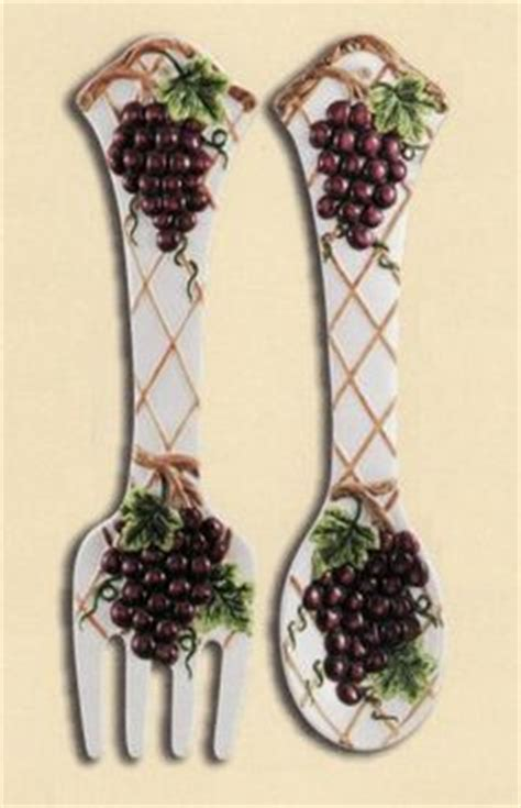 grape kitchen accessories 1000 images about grape and wine kitchen decor on 1308