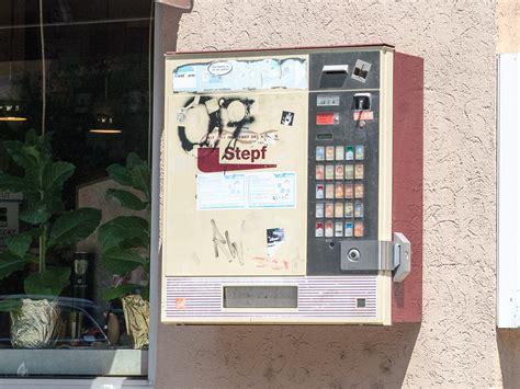 wie funktioniert ein zigarettenautomat versucht zigarettenautomaten aufzubrechen t 228 ter festgenommen schweinfurt city