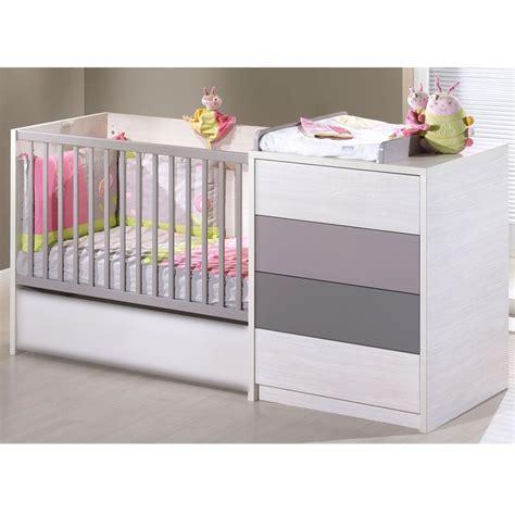 chambre transformable bébé les 25 meilleures idées de la catégorie lit bébé aubert