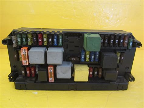 mercedes fuse box 2129005912 used auto parts mercedes used parts bmw used parts