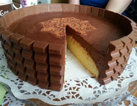 torte aus kinderriegeln schoko schock torte rezept ichkoche at