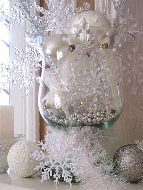 Christmas Cubicle Decorating Ideas by 25 Unique Snowflake Centerpieces Ideas On Pinterest