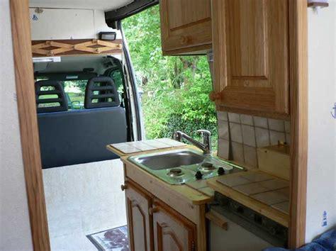camion amenage pour cuisine le fourgon aménagé de franck m poimobile fourgon aménagé