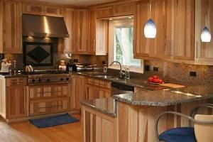 hickory Cabinets – Kitchen & Bath Kitchen Cabinets