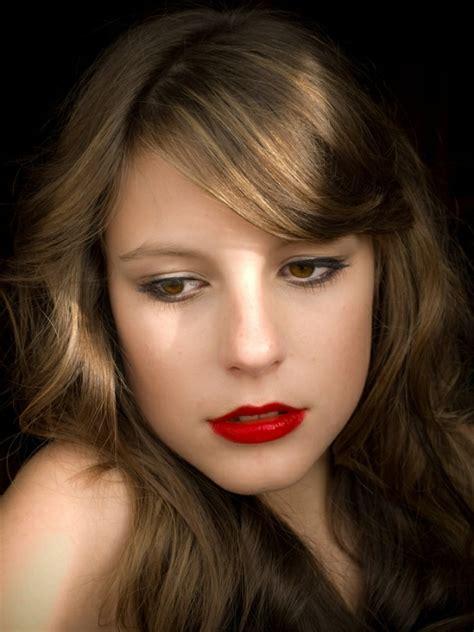 braune haare mit roten strähnen 100 coole bilder frisuren f 252 r braune haare archzine net