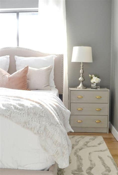 couleur pastel chambre idée déco chambre adulte 100 suggestions en blanc