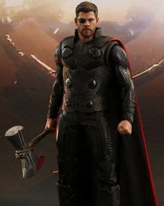thor odinson with stormbreaker thor pinterest thor sideshow and sideshow collectibles