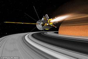 Nasa's Cassini probe reveals clouds created by impact of ...