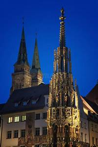 B Quadrat Nürnberg : sch ner brunnen nachts n rnberg deutschland stockbild bild von kirche nacht 42242321 ~ Buech-reservation.com Haus und Dekorationen