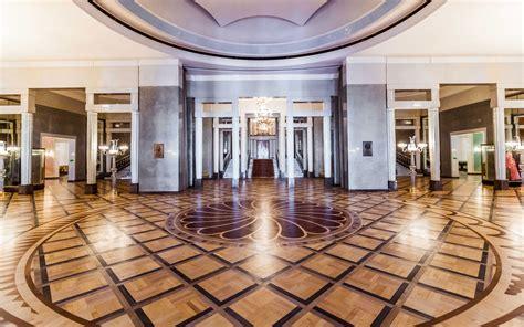 Foyer : Teatr Wielki Opera Narodowa