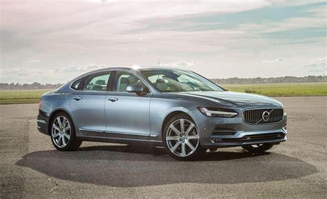 volvo  awd tested review car  driver